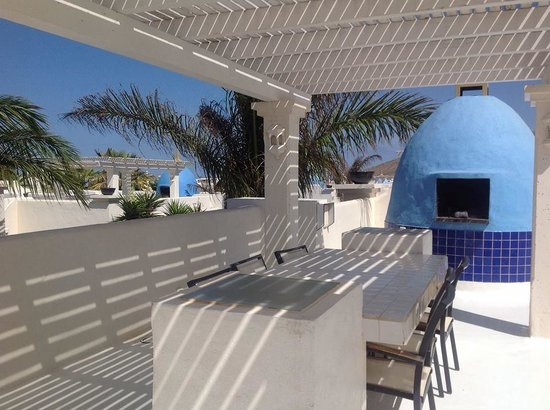 Bahiazul Villas & Club: The roof terrace and BBQ