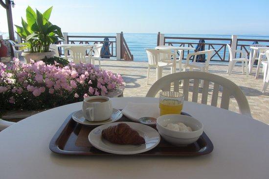 El Coral Hotel: colazione in terrazza