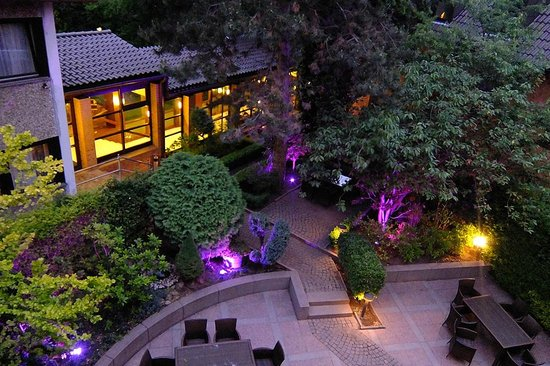 Hotel Restaurant Engel : Hotel courtyard