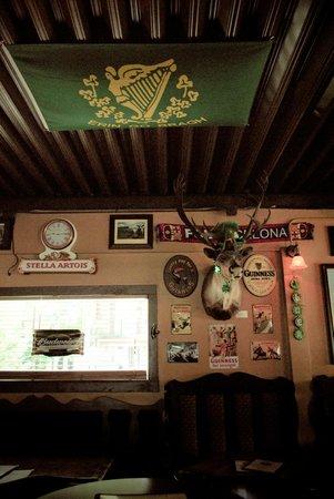 McSharry's Irish Pub: Inside.