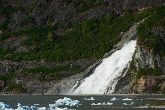 Juneau Tours: Nugget falls