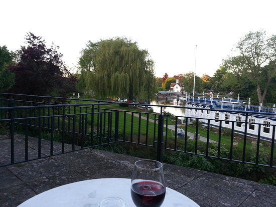 The Swan at Streatley: Our patio view