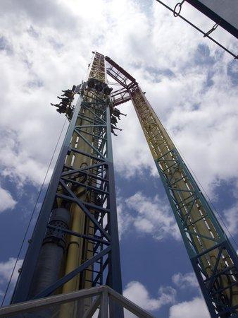 Six Flags Fiesta Texas: Tower Drop