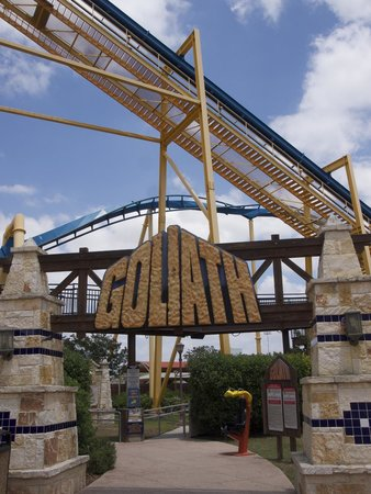 Six Flags Fiesta Texas : Goliath