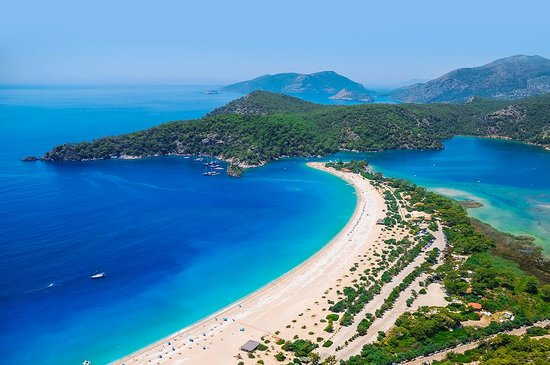 Tyrkiet: How about a trip to paradise? Frequently rated among the top beaches in the world, Ölüdeniz is a
