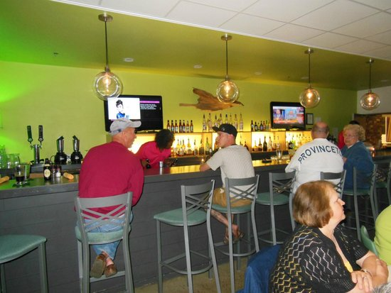 Harbor Hotel Provincetown: Keith on the bar is very friendly and welcomes every guest