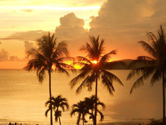 Shangri-La's Tanjung Aru Resort & Spa: Sunset