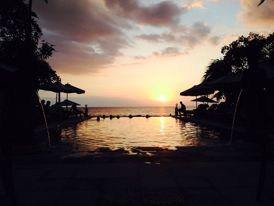 Puri Mas Boutique Resort & Spa: Sunset