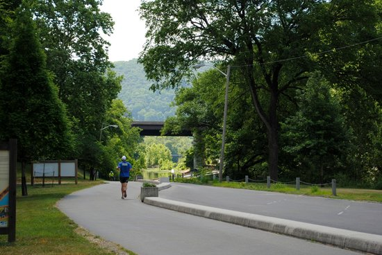 ‪Roanoke Valley Greenways‬
