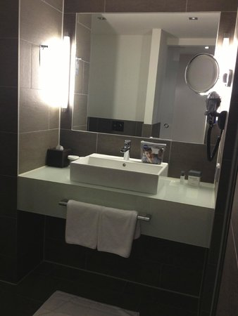 Atlantic Grand Hotel Bremen: Bathroom