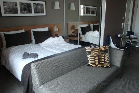 schlafbereich picture of adina apartment hotel hamburg michel hamburg tripadvisor. Black Bedroom Furniture Sets. Home Design Ideas