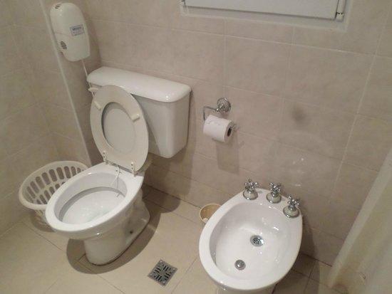 Altuen Hotel Suites&Spa: Baño