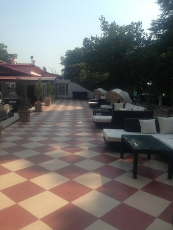 The Claridges Nabha Residence, Mussoorie: evening sit out