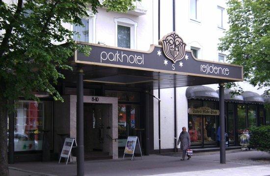 Parkhotel Residence: Hoteleingang