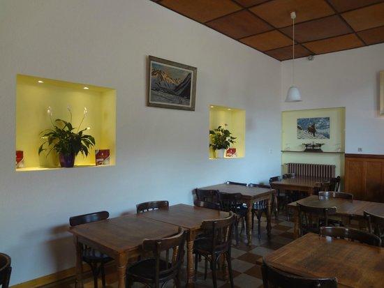 Hotel Restaurant Castillan : salle des petits dejeuner