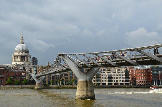 Petit Pont Photo De Londres Angleterre Tripadvisor