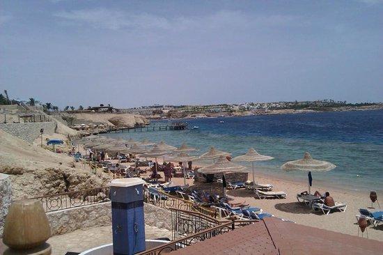 Sultan Gardens Resort: Красивый пляж