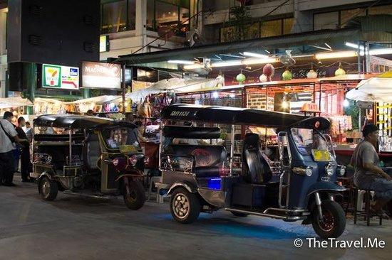 清邁夜市 Chiang Mai Night Bazaar