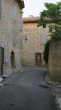 Hostellerie Le Castellas : vue de l'extérieur