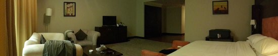 Swiss-Belhotel Doha : room