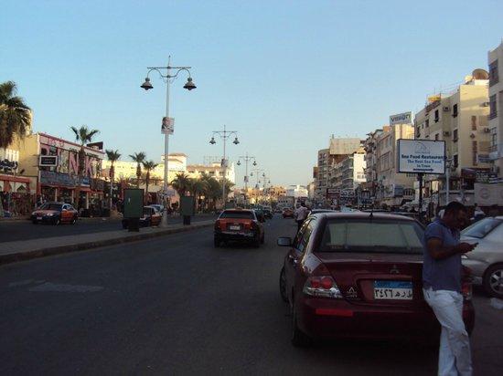 Club Azur Resort : Sheraton street à Hurgada