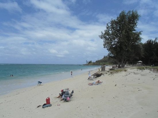 Kailua Beach Park : 東側からラニカイ・ビーチ側を見た景色