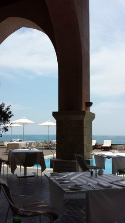 Boutique 5 Hotel & Spa: Blue skies