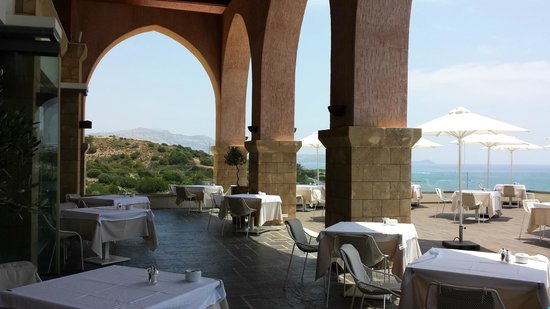 Boutique 5 Hotel & Spa: Beautiful arched dining area