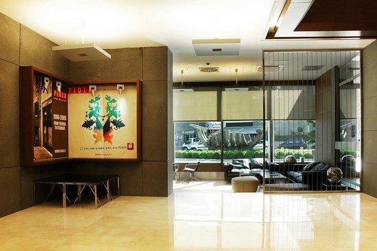 Point Hotel Barbaros: Lobby