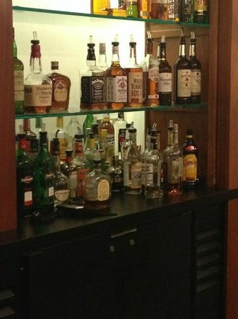 Holiday Inn Hotel and Suites Savannah-Pooler : bar
