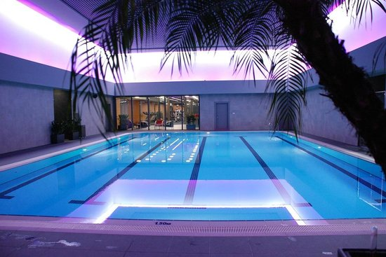 Point Hotel Barbaros: Indoor Pool at Point Sport Center