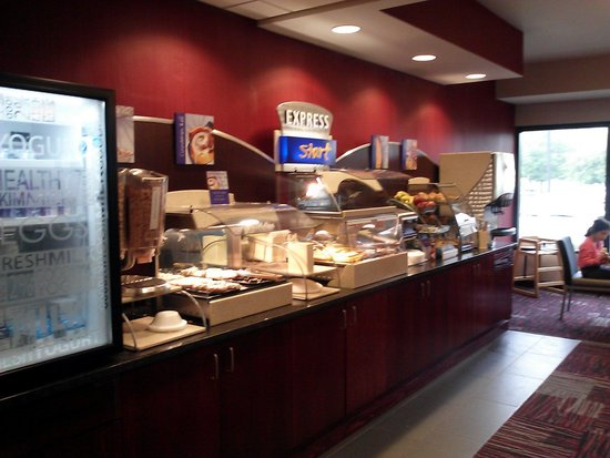 Holiday Inn Express Painted Post - Corning Area : breakfast