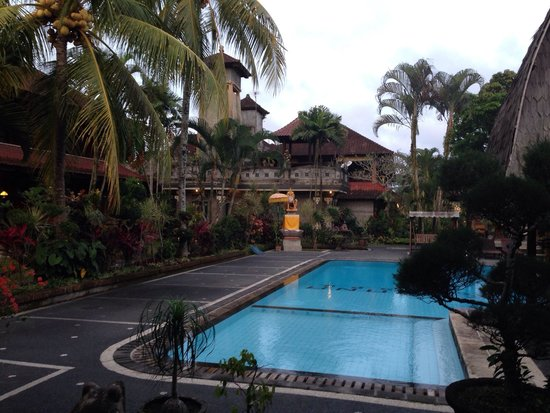 Cendana Resort and Spa: Pool