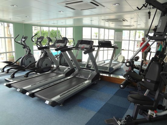 Metropark Hotel Kowloon: gym