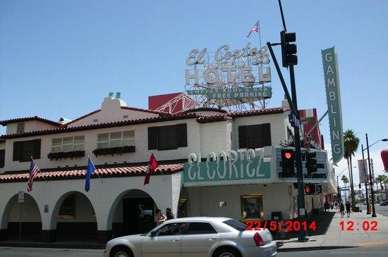 """El Cortez Hotel & Casino: Fremont """"downtown"""""""