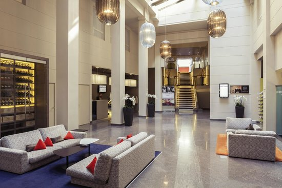 Mercure Nantes Centre Grand Hotel : lobby