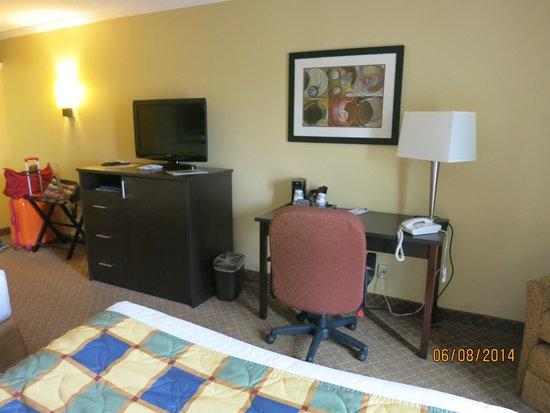 Best Western Kirkwood Inn: Desk