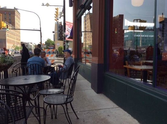 Spot Coffee: Outdoor seats