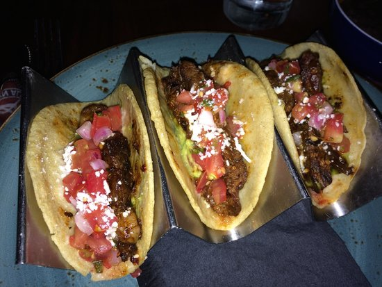 Dos Caminos: Tacos have boon cold and all soft - not so great