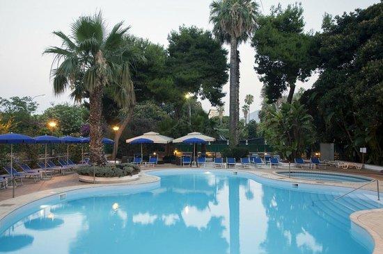 NH Palermo : Pool