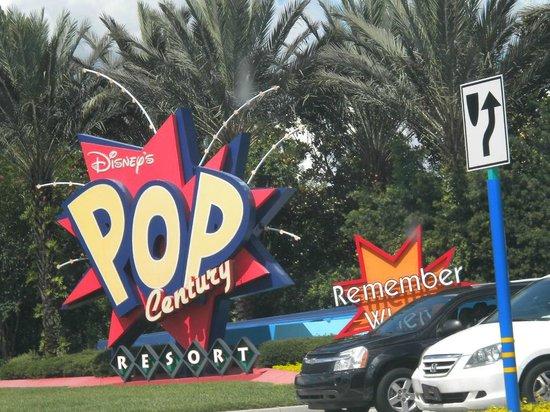 Disney's Pop Century Resort: Pop Century Resort