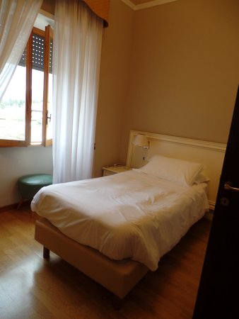 Ambasciatori Place Hotel : part of my single room