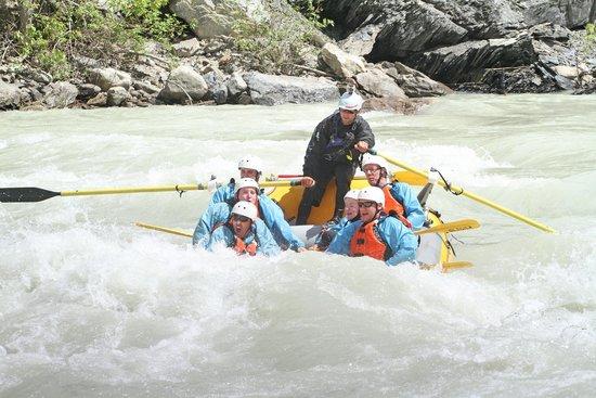 Glacier Raft Company - Day Tours : class iv+