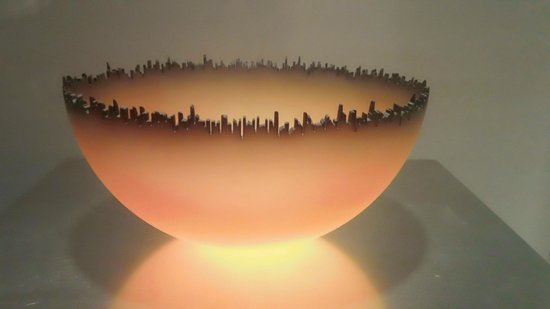 Corning Museum of Glass : An exquisite art piece on display (Cityscape)