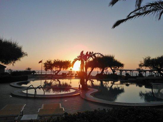 Villaggio Club Baia del Sole: un tramonto da favola...