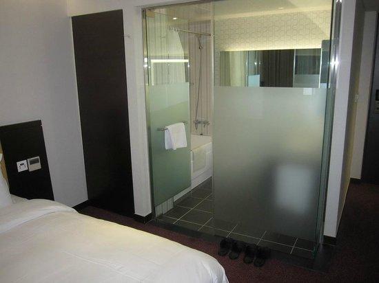 Hotel Aropa : The room