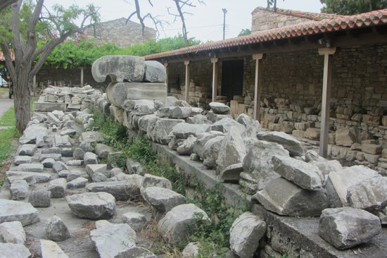 Heraion - Picture of Temple of Hera, Pythagorion - TripAdvisor