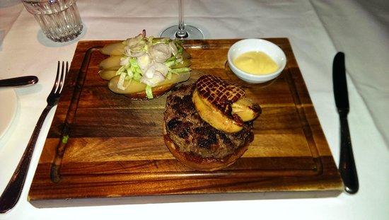 Brasserie Warszawska : Foie Burger