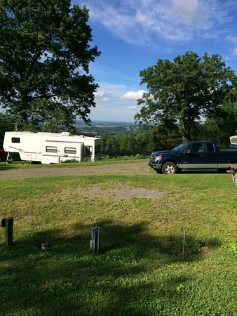 Starlite Camping Resort: View from site on The Plateau