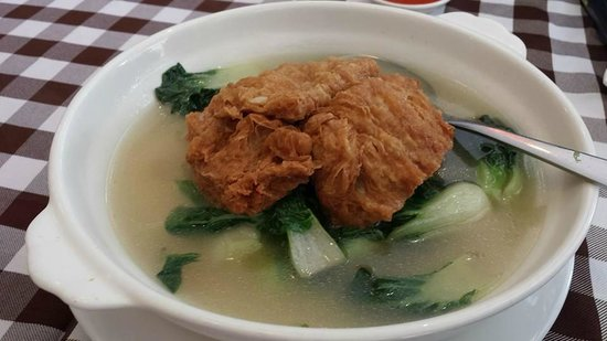 Boon Tong Kee at Balestier : jingbai chinese cabbage with bean curd